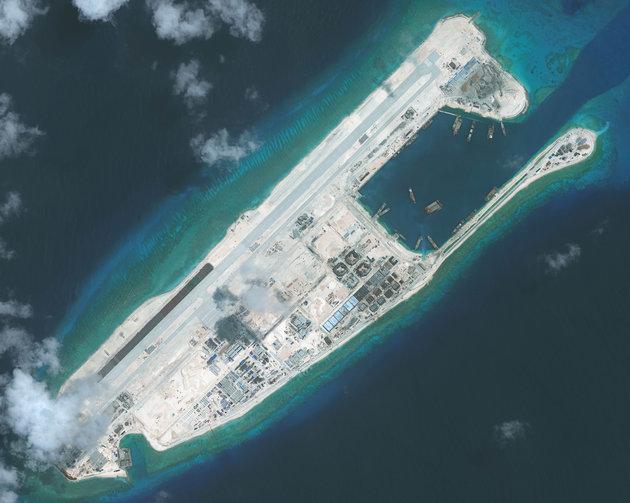 Tensione tra Cina e Stati Uniti riguardo le Isole nei Mari del Sud